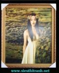 Tranh ép gỗ-Cô gái cài hoa-V01