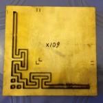 Khuôn dập giấy góc tranh thêu-X109