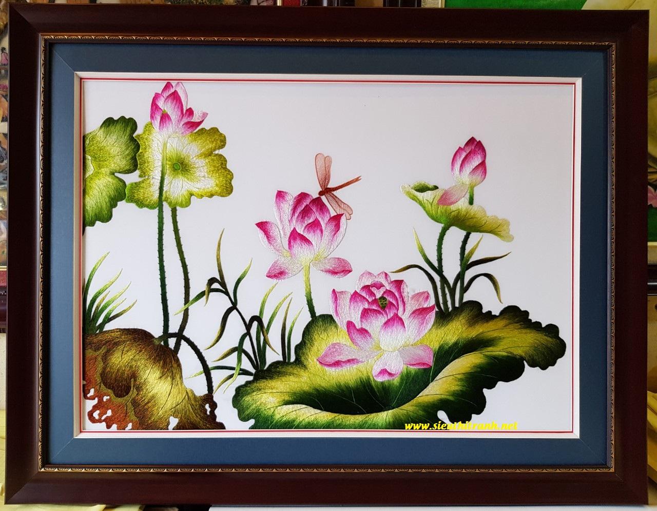 Hoa sen, tranh thêu tay -T356