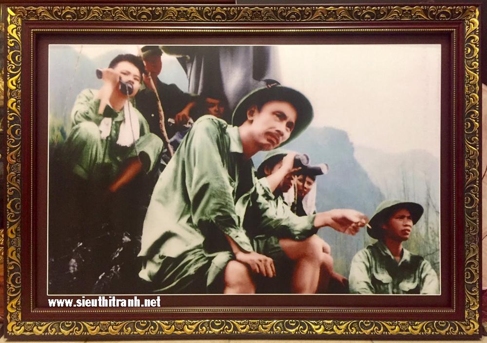 Bác ở mặt trận Đông Khê 1950 -IN096 (tranh in cao cấp)