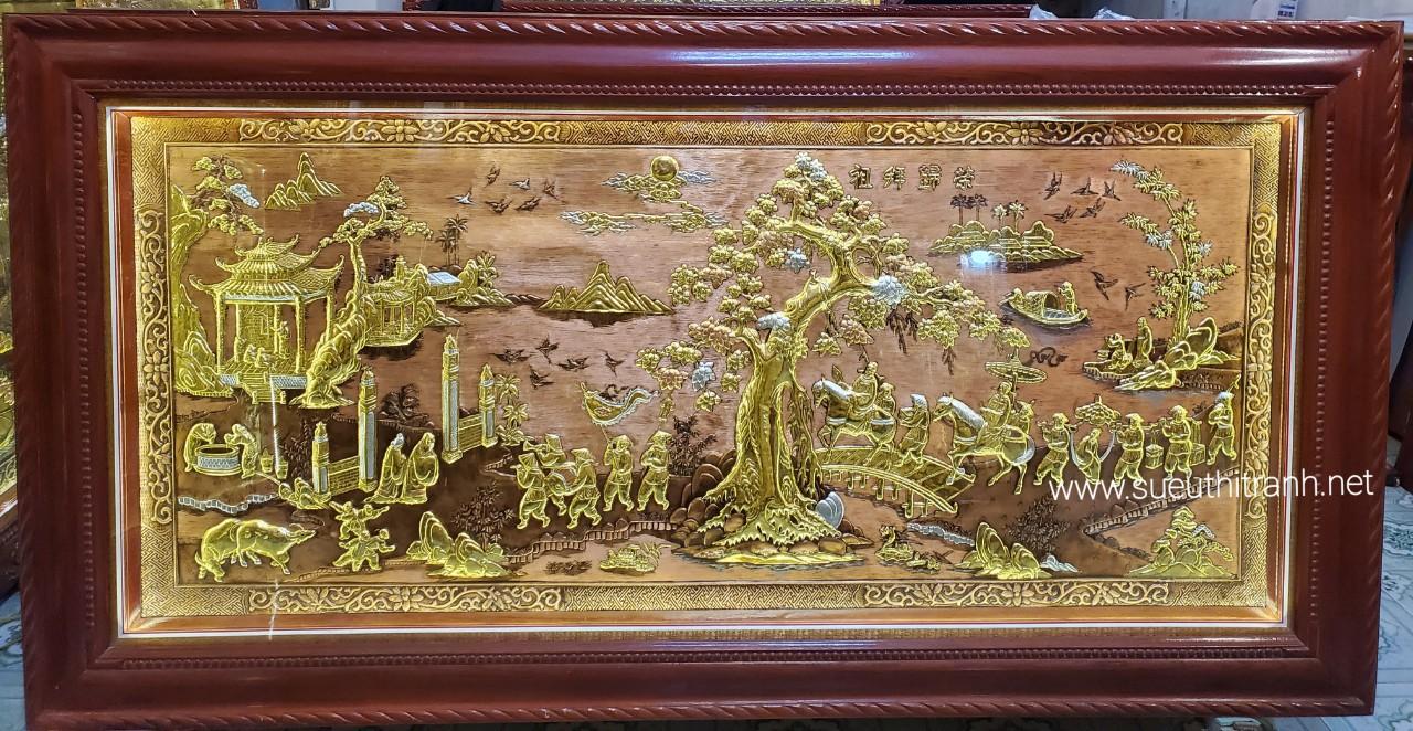 Tranh đồng vàng liền tấm khung gỗ tự nhiên gắn đèn led- Vinh Quy Bái Tổ -A233