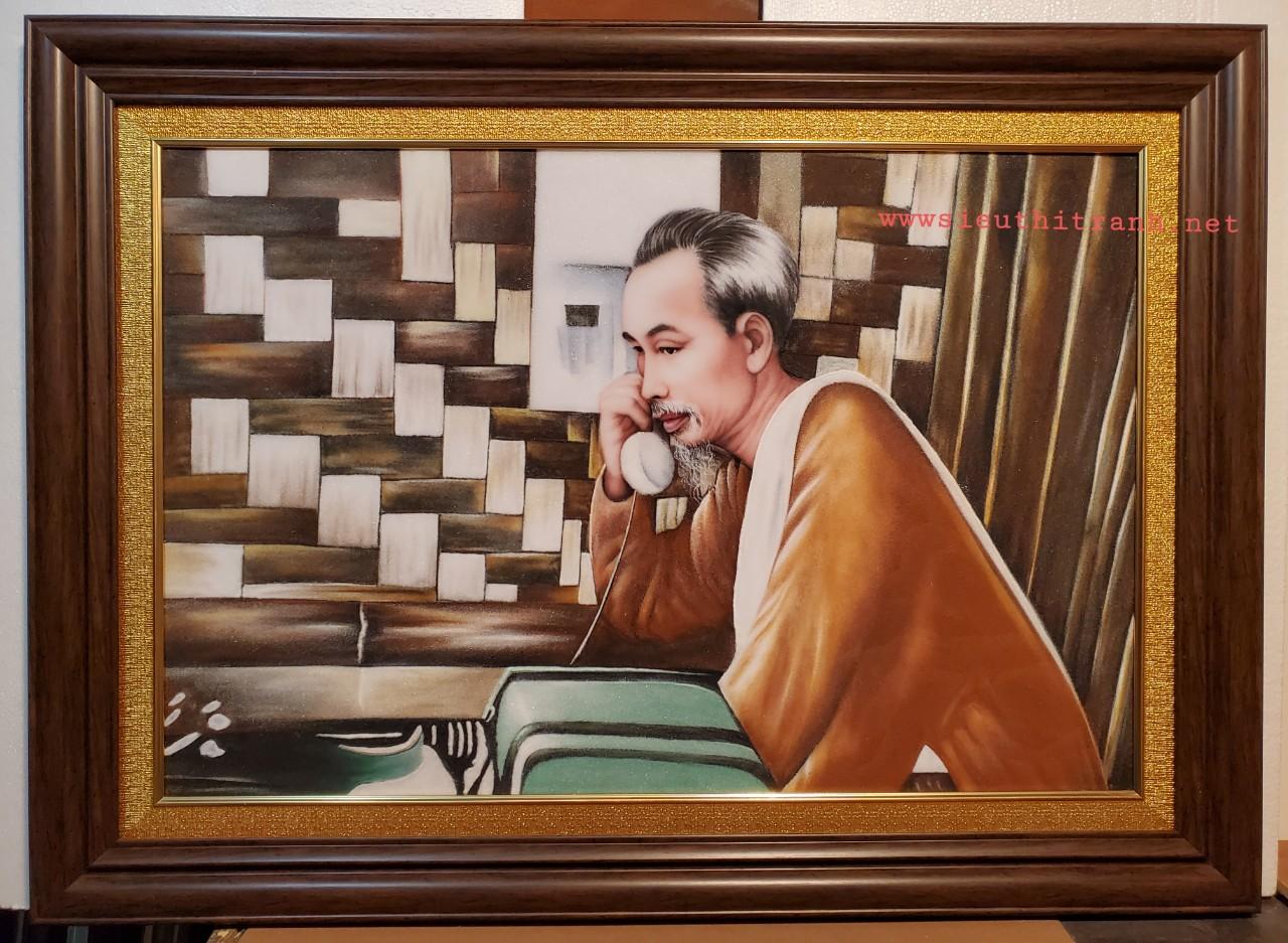 Tranh đá quý -Bác Hồ cầm ống nghe -TDH148